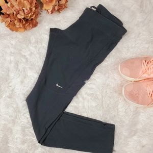 Nike Dry fit sport leggings size M